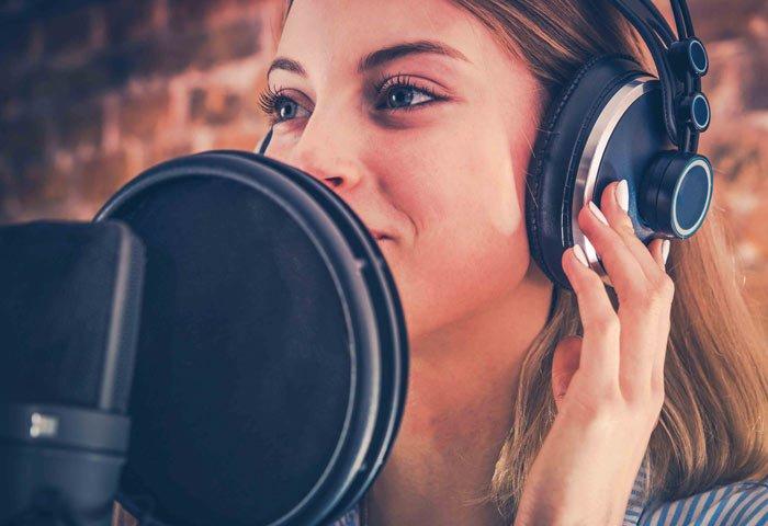 Freelance Seslendirme Sanatçısı Olmak – Seslendirmenlik Hakkında Bilgiler